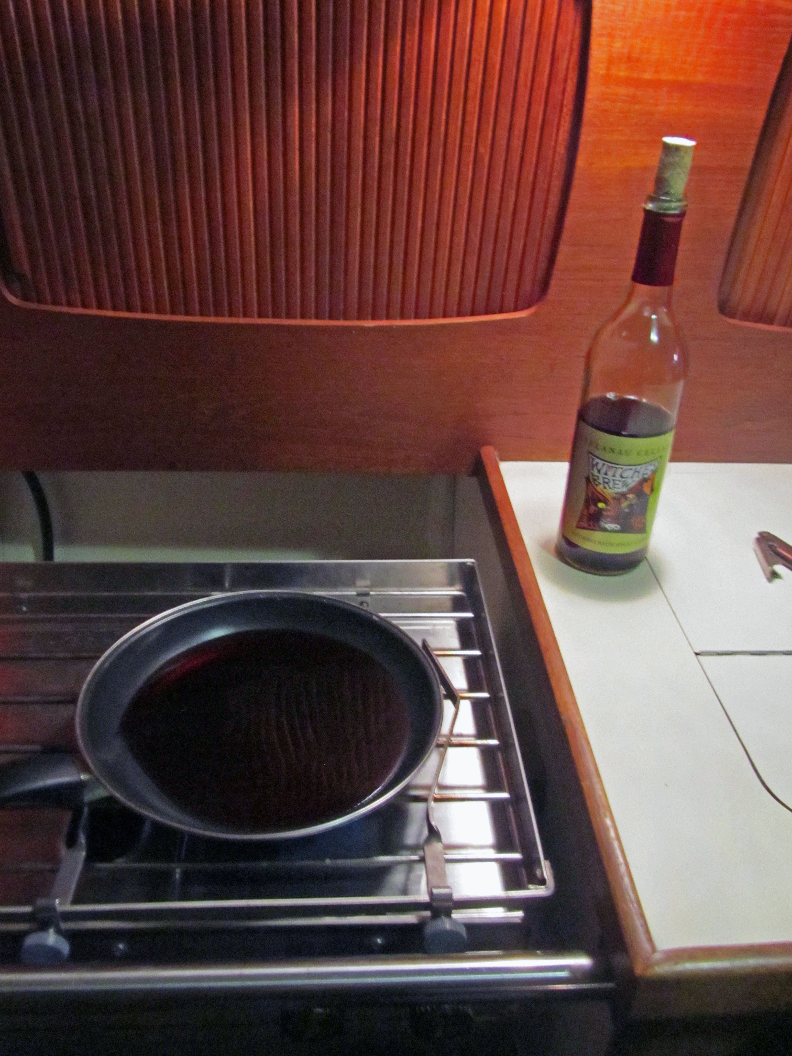 saucepan wine[1]
