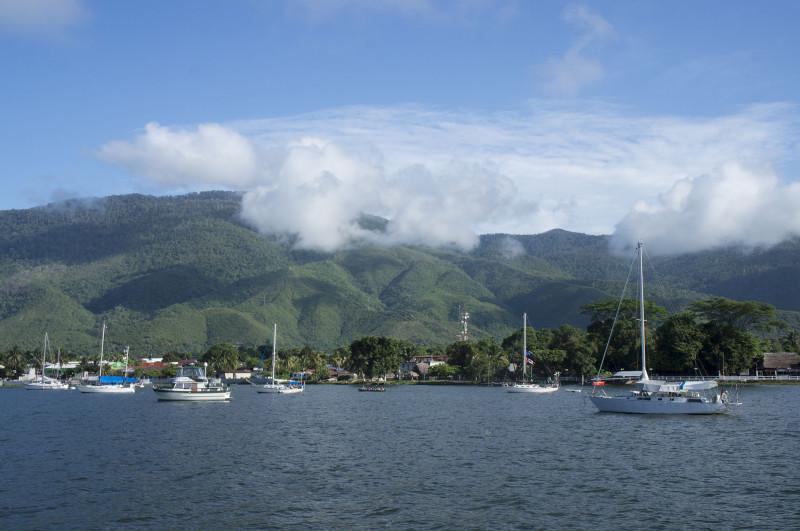 boats at El Estor
