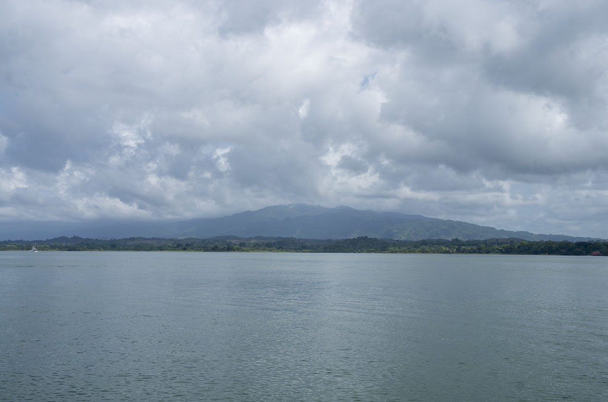 mountains on Lake Isabelle