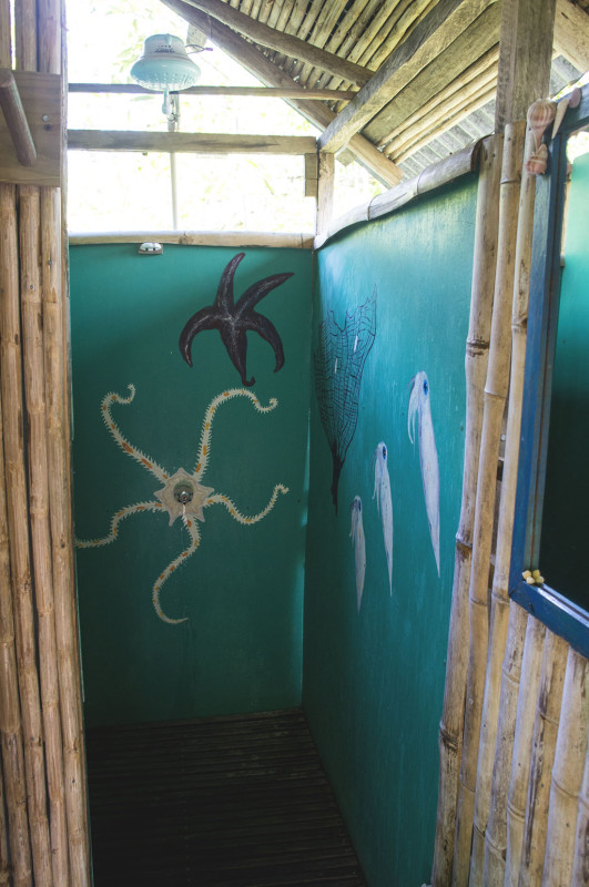 backpackers showers