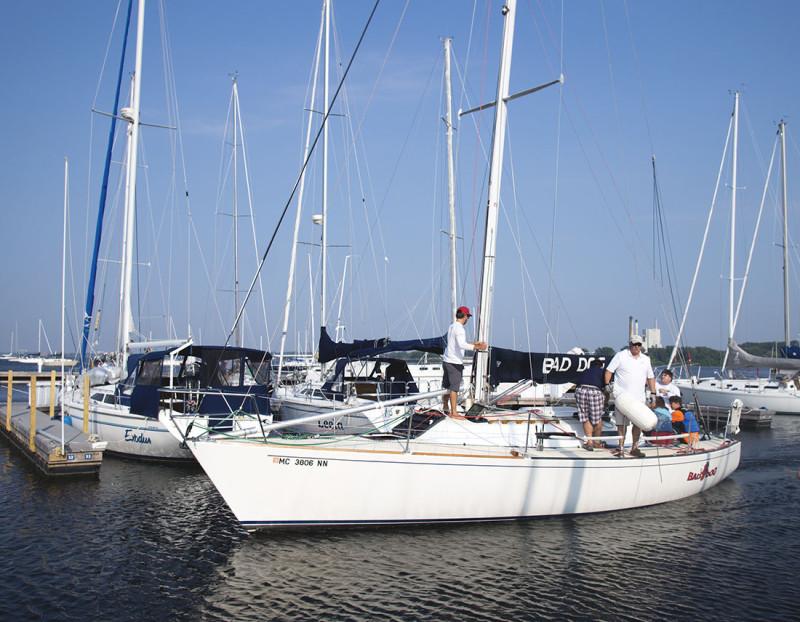 Bad Dog Muskegon Yacht Club