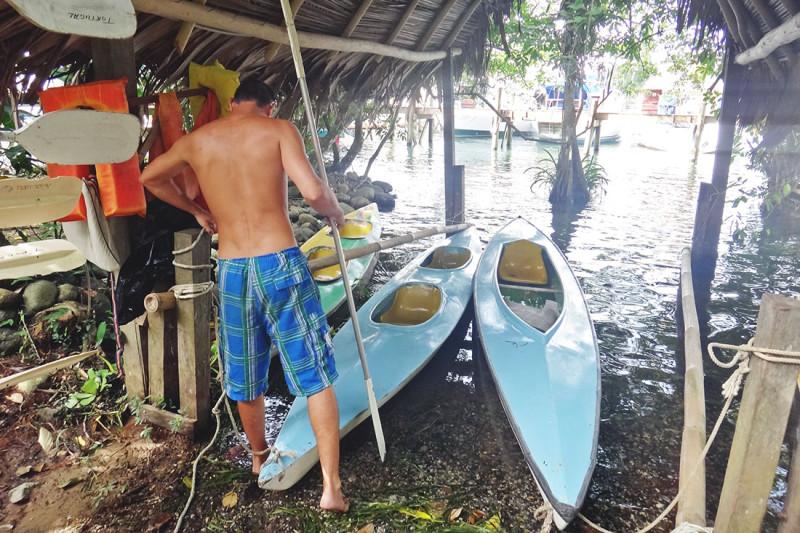 kayaks at Tortugal