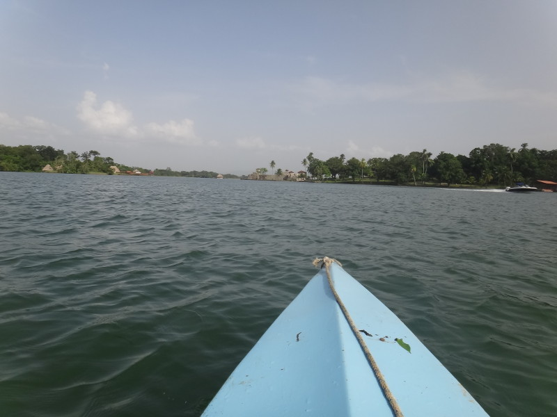 kayaking to the castillo