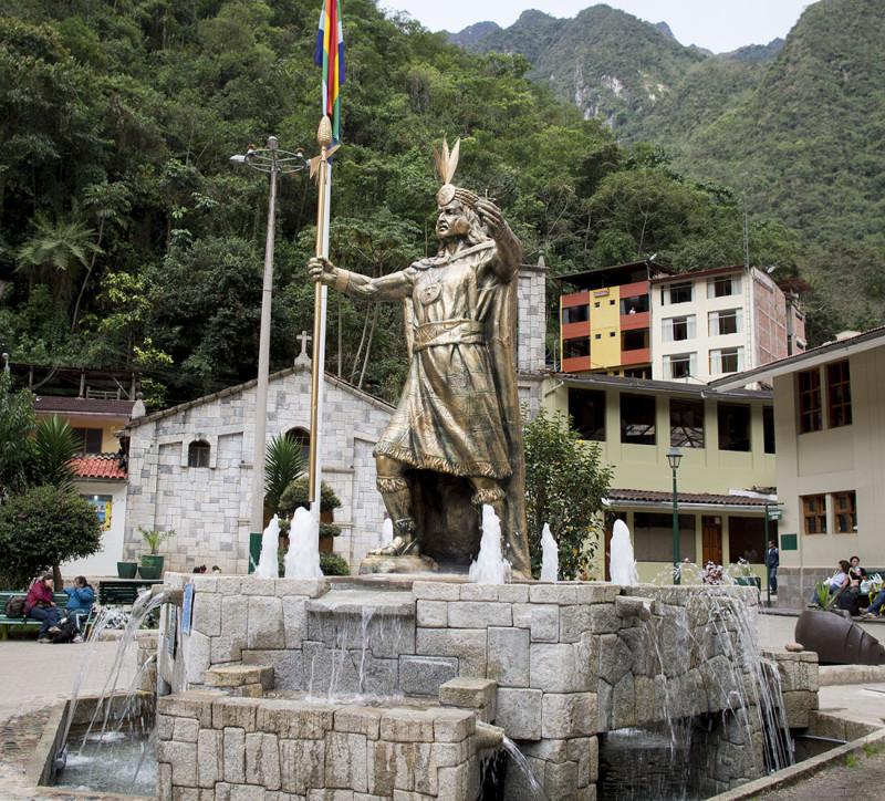 Plaza de Armas Aguas Calientes