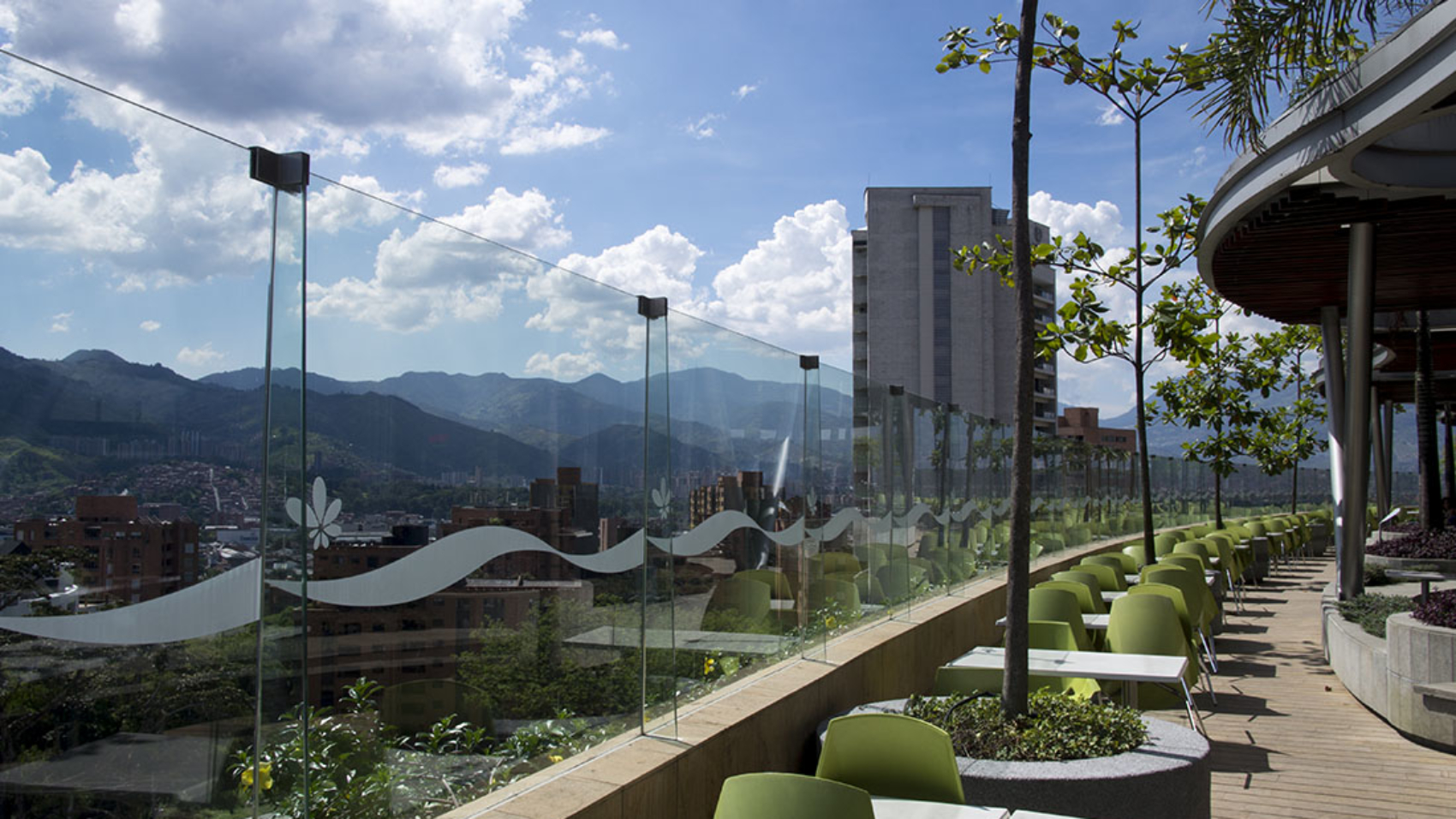 outdoor eating area Santa Fe Mall Medellin Colombia
