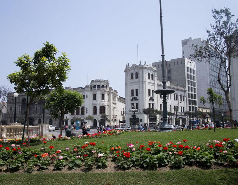 San Martin Plaza Lima (1)