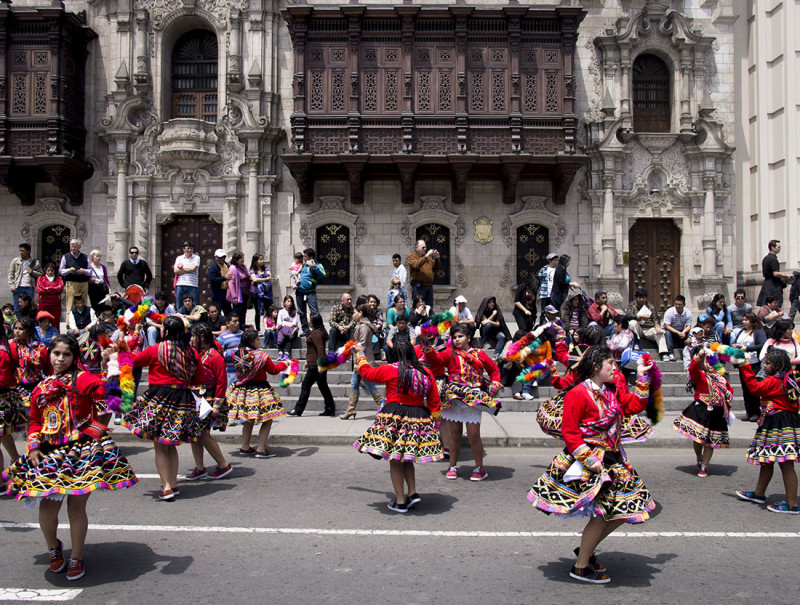 parade in Lima (8)