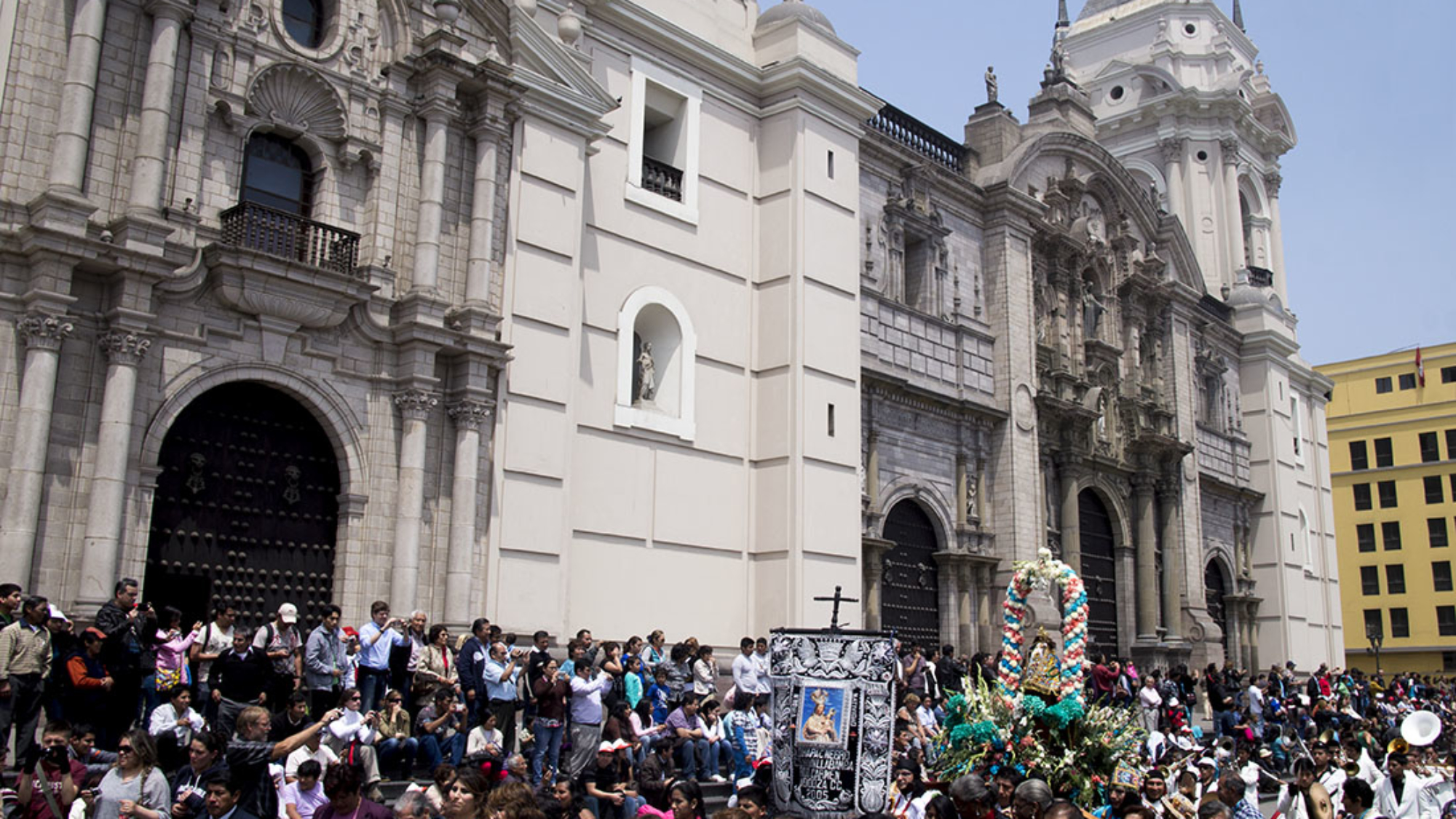 parade in Lima (7)