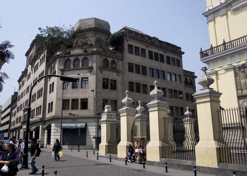 random building in Lima