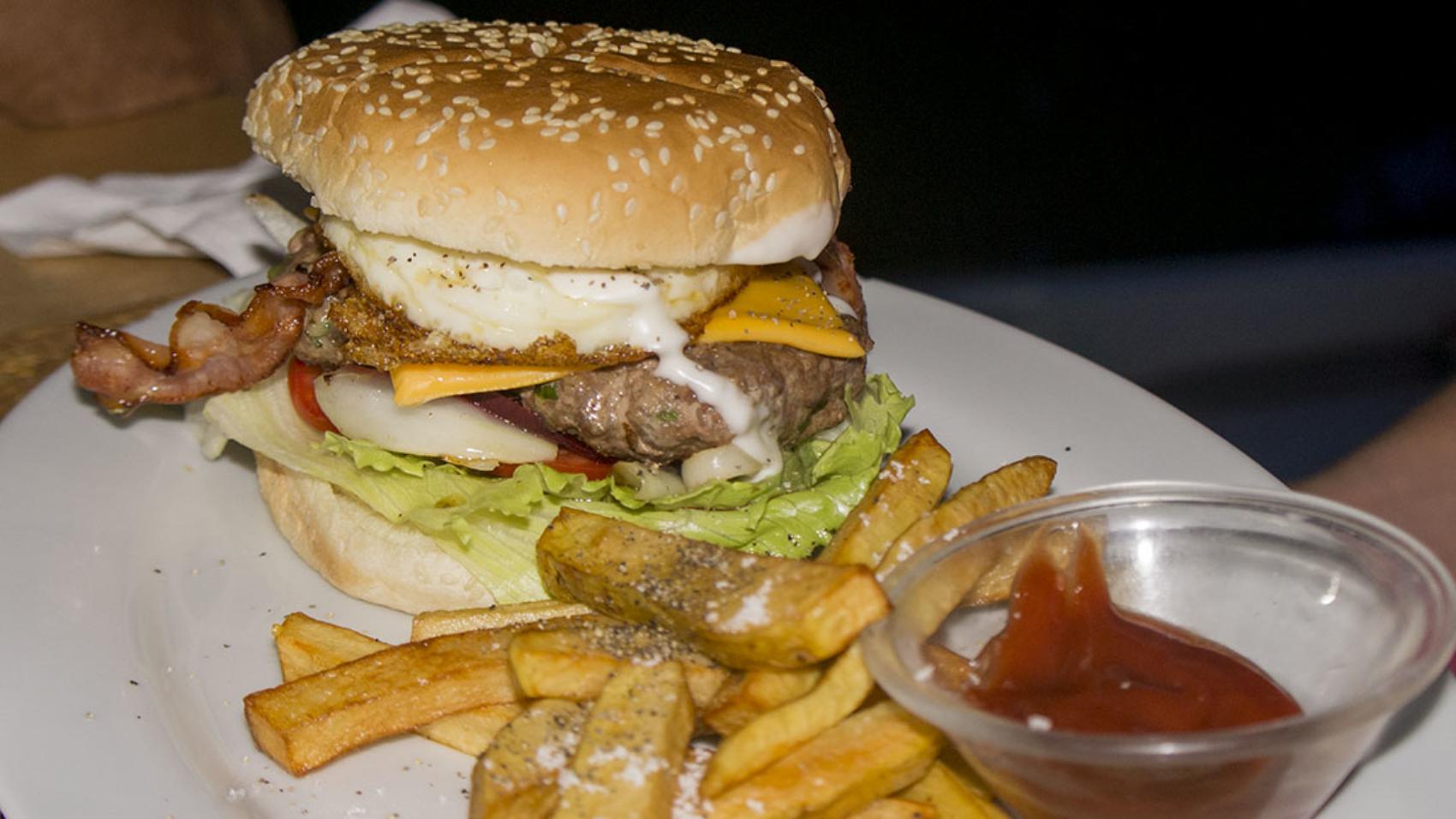 burger at Kangaroos
