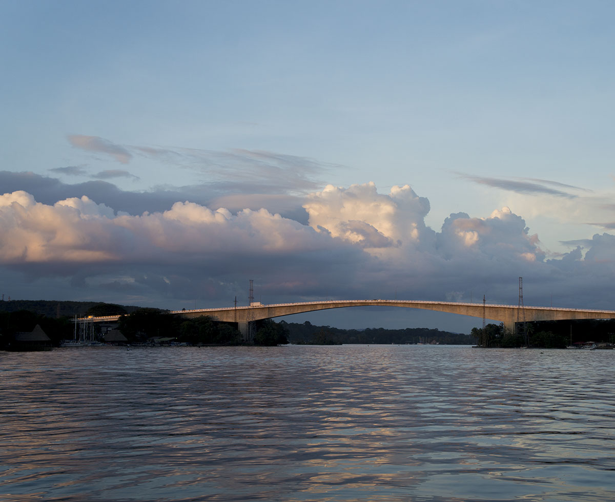 sunset on Rio Dulce bridge