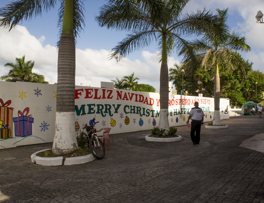 Christmas banners in Cozumel