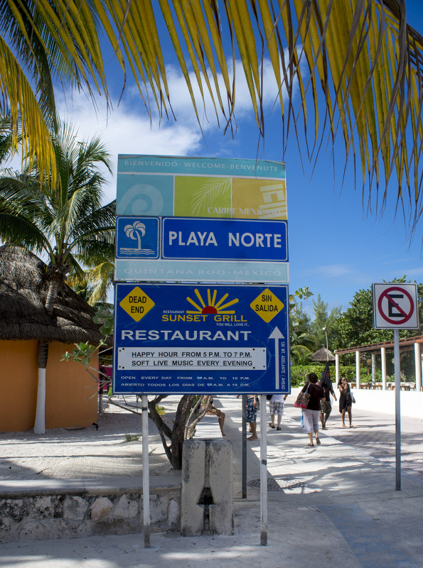 Playa Norte sign