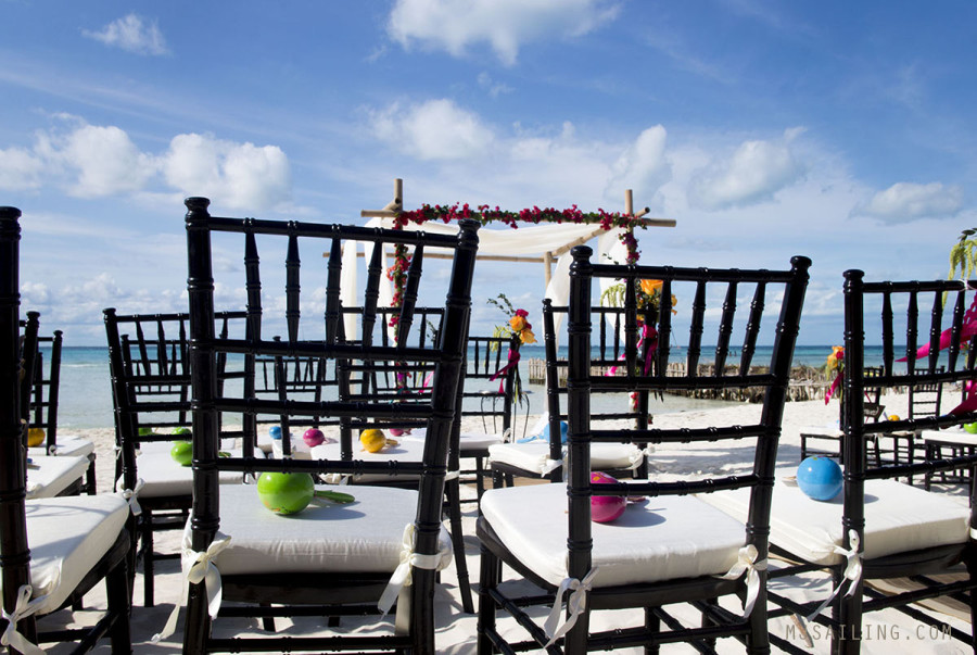 wedding on beach Isla Mujeres Mexico