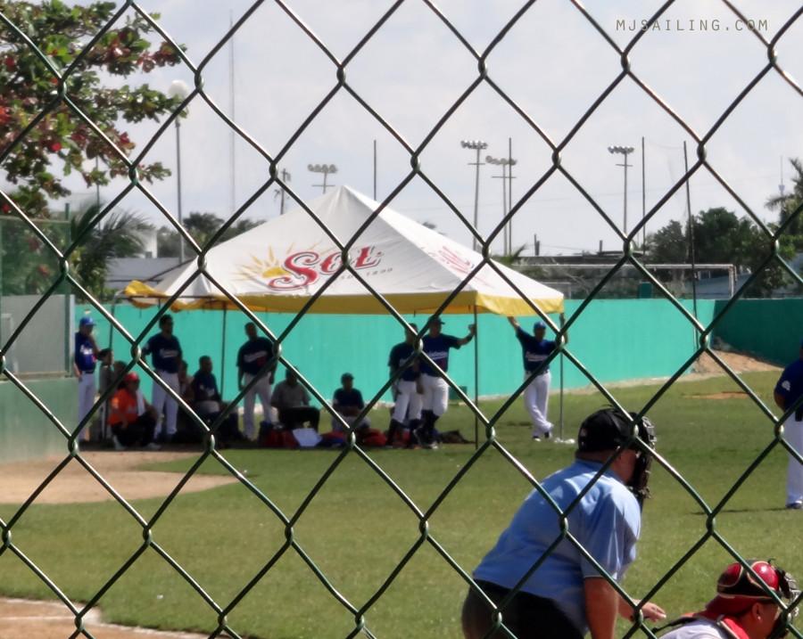 Isla Mujeres baseball game