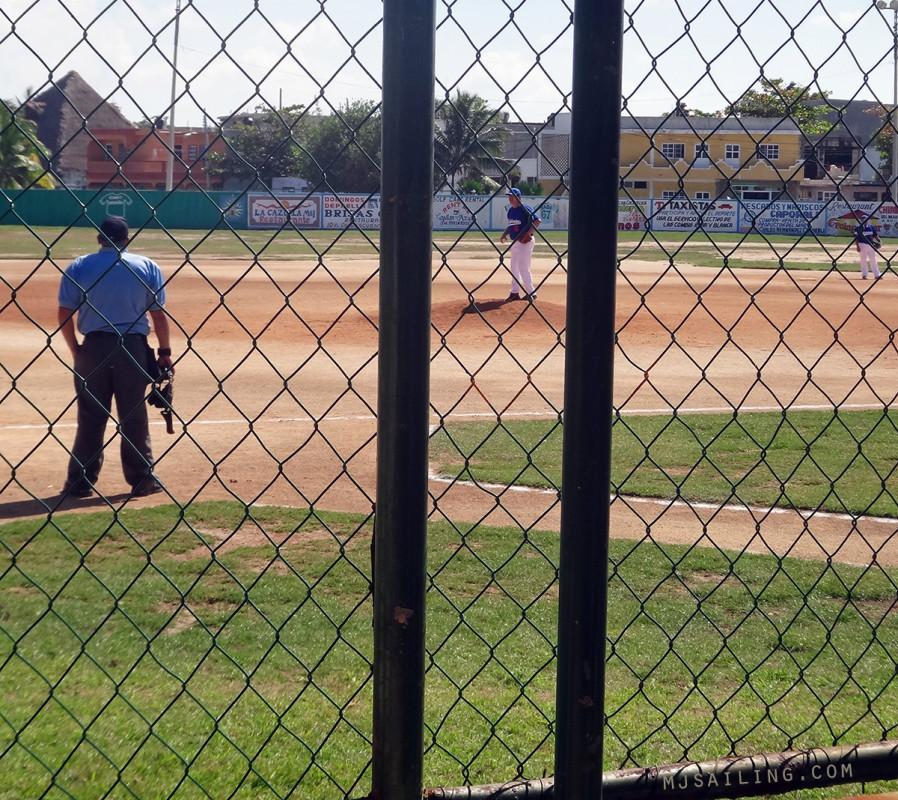baseball game, Isla Mujeres