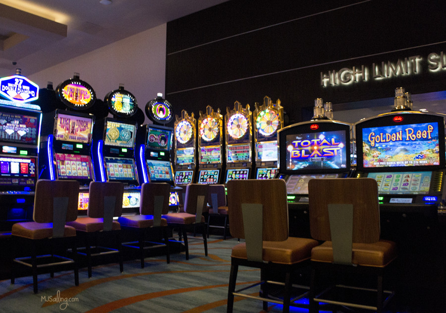 slots at casino