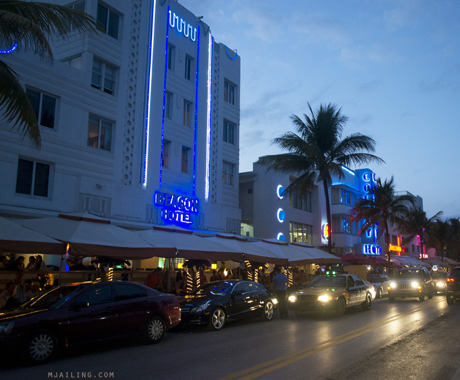 South Beach at night - Beacon Hotel