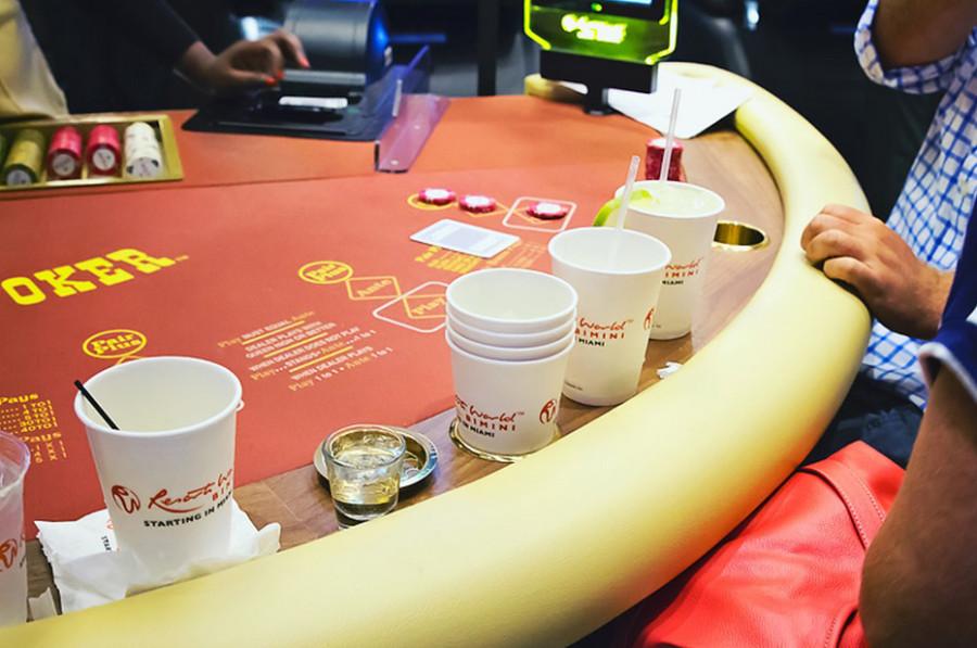 laho poker photo
