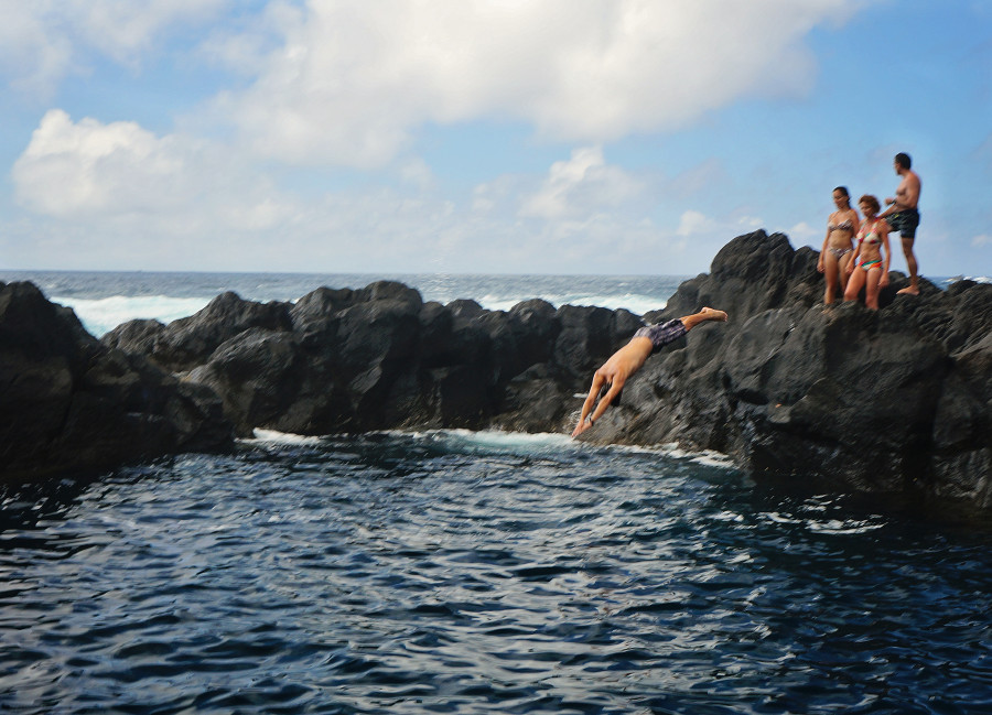 Matt diving into natural pool in Azores