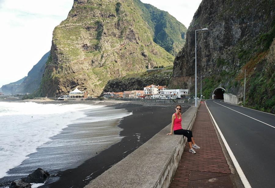Jessica in São Vicente, Madeira