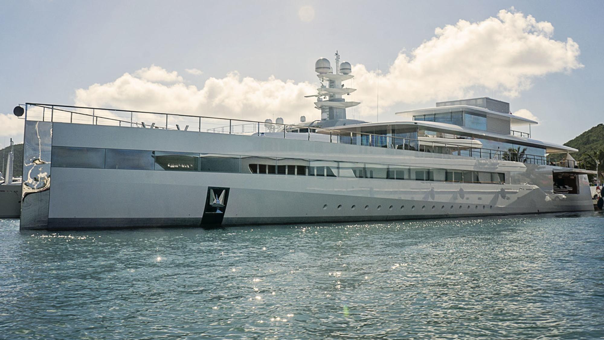 Steve Jobs yacht Venus