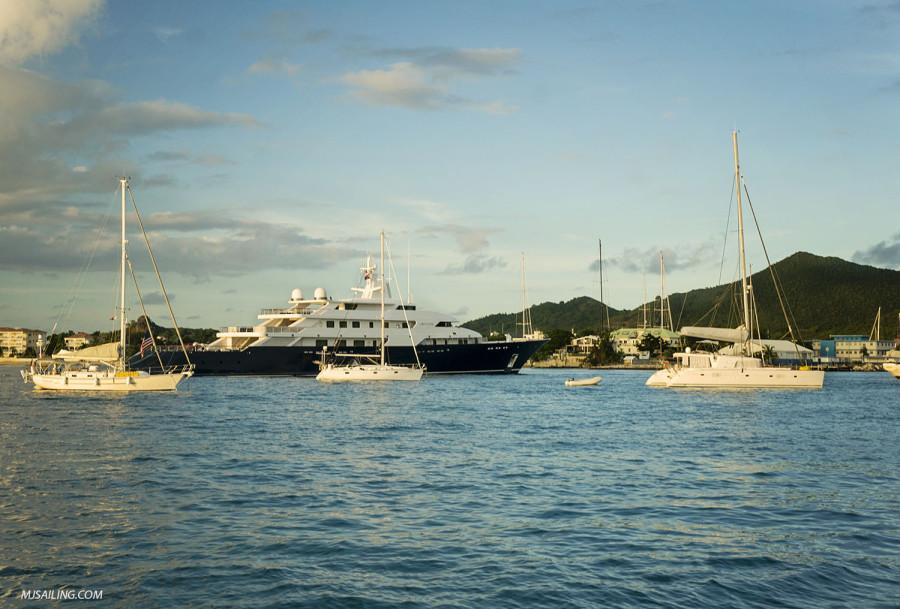 Yacht in Simpson Bay