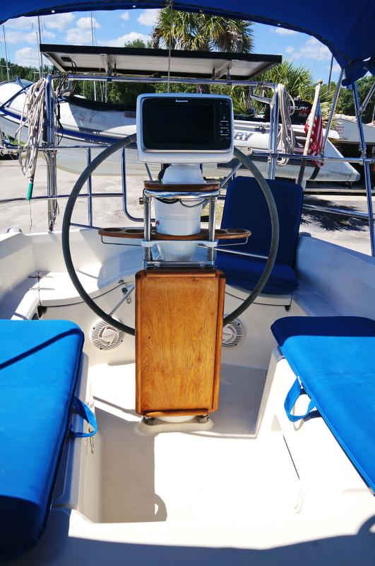 Sabre 34 Targa cockpit