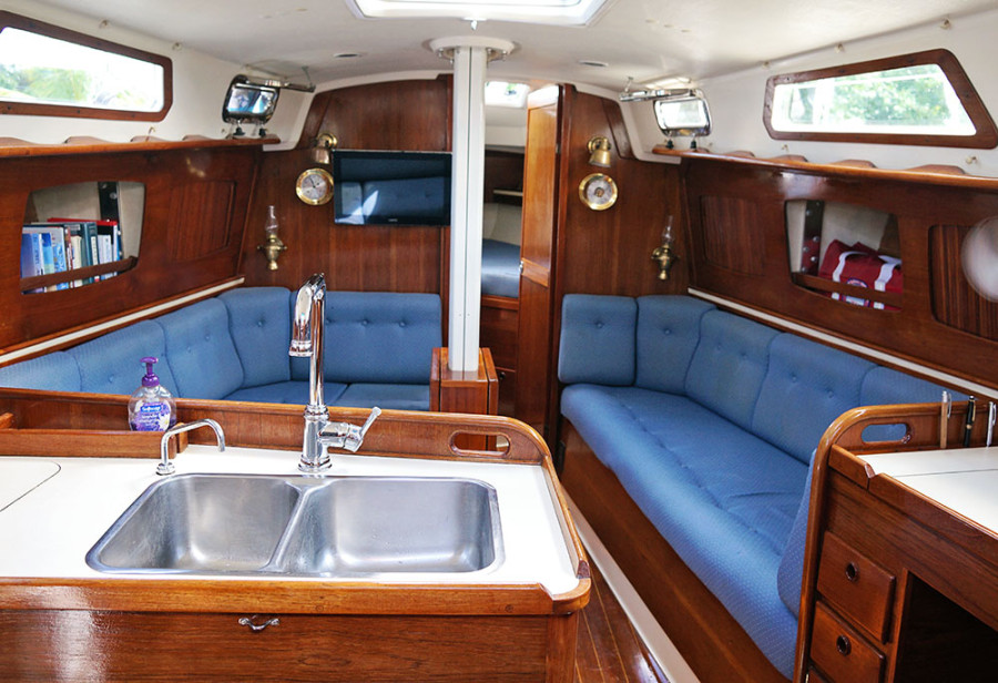 Sabre 34 Targa galley