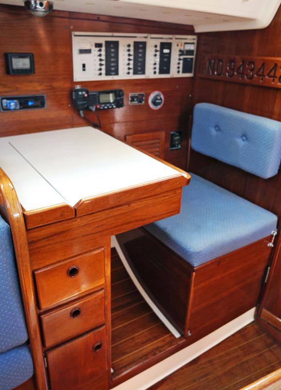 Sabre 34 Targa navigation station