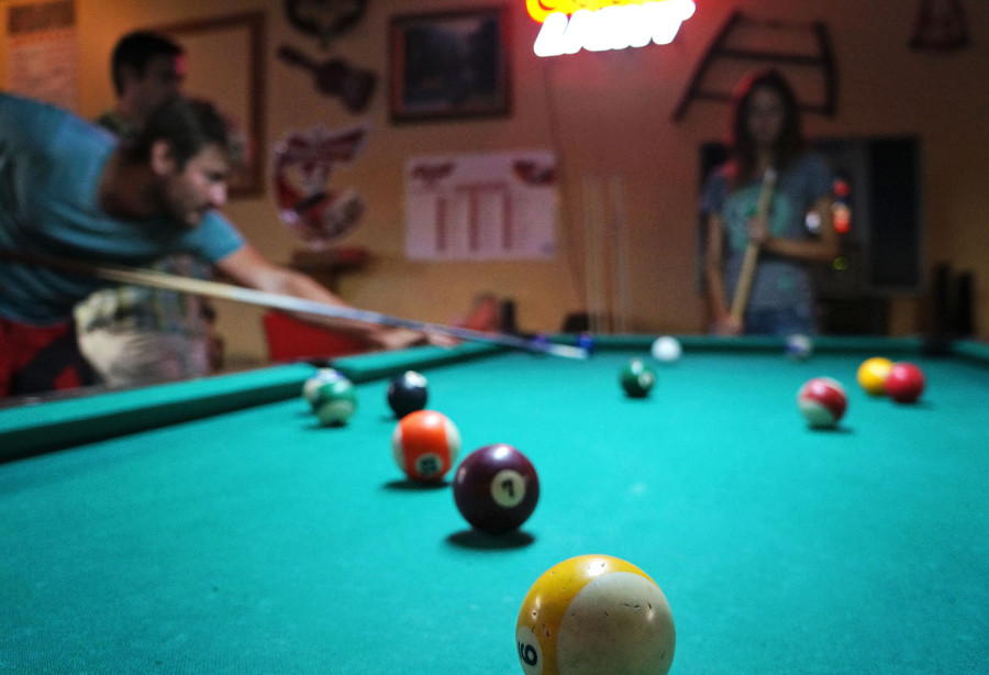 Ben shooting pool