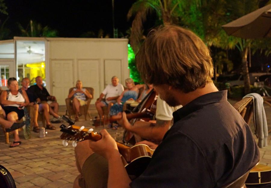Hannes playing the uke