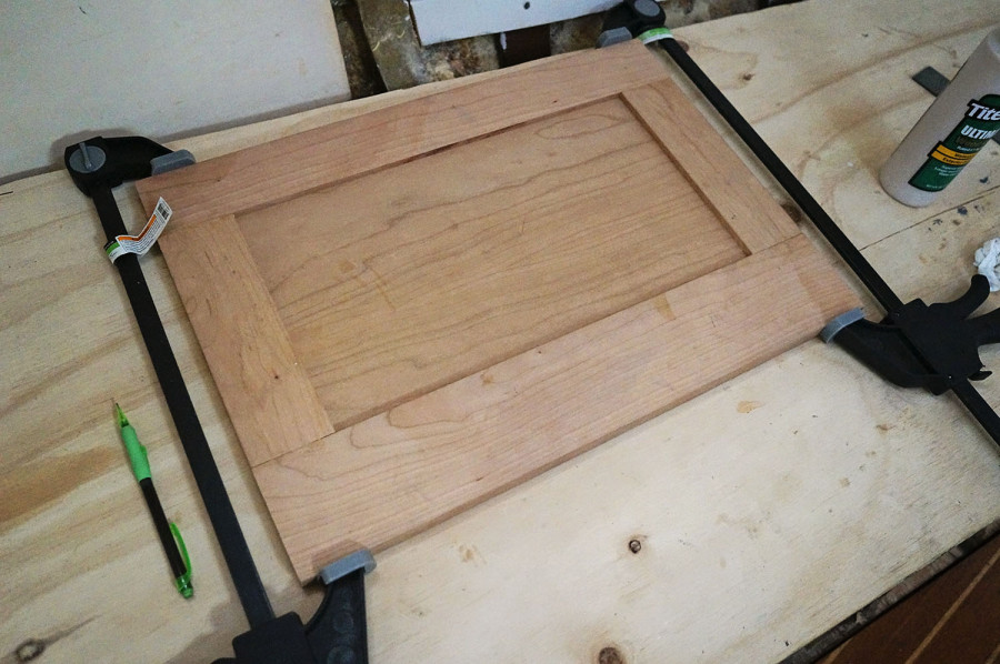 gluing v-berth door