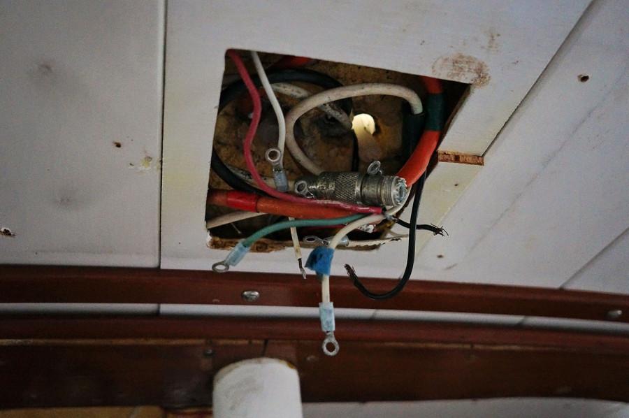 bad mast wiring