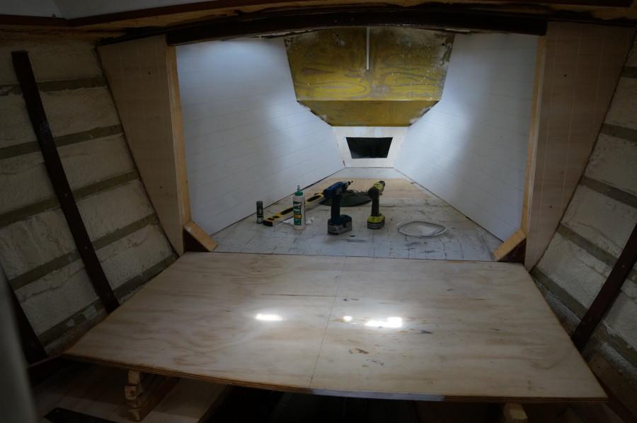paneled v-berth