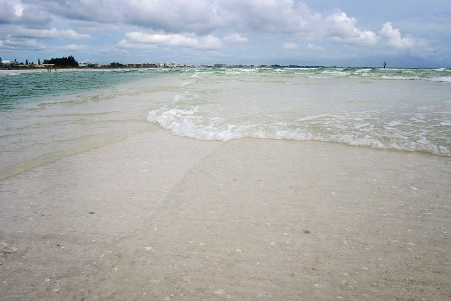 sand bar on Siesta Beach