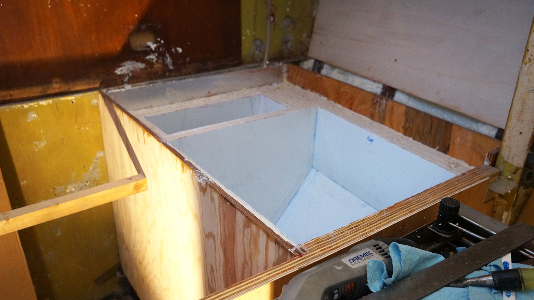 building a refrigerator box for a boat