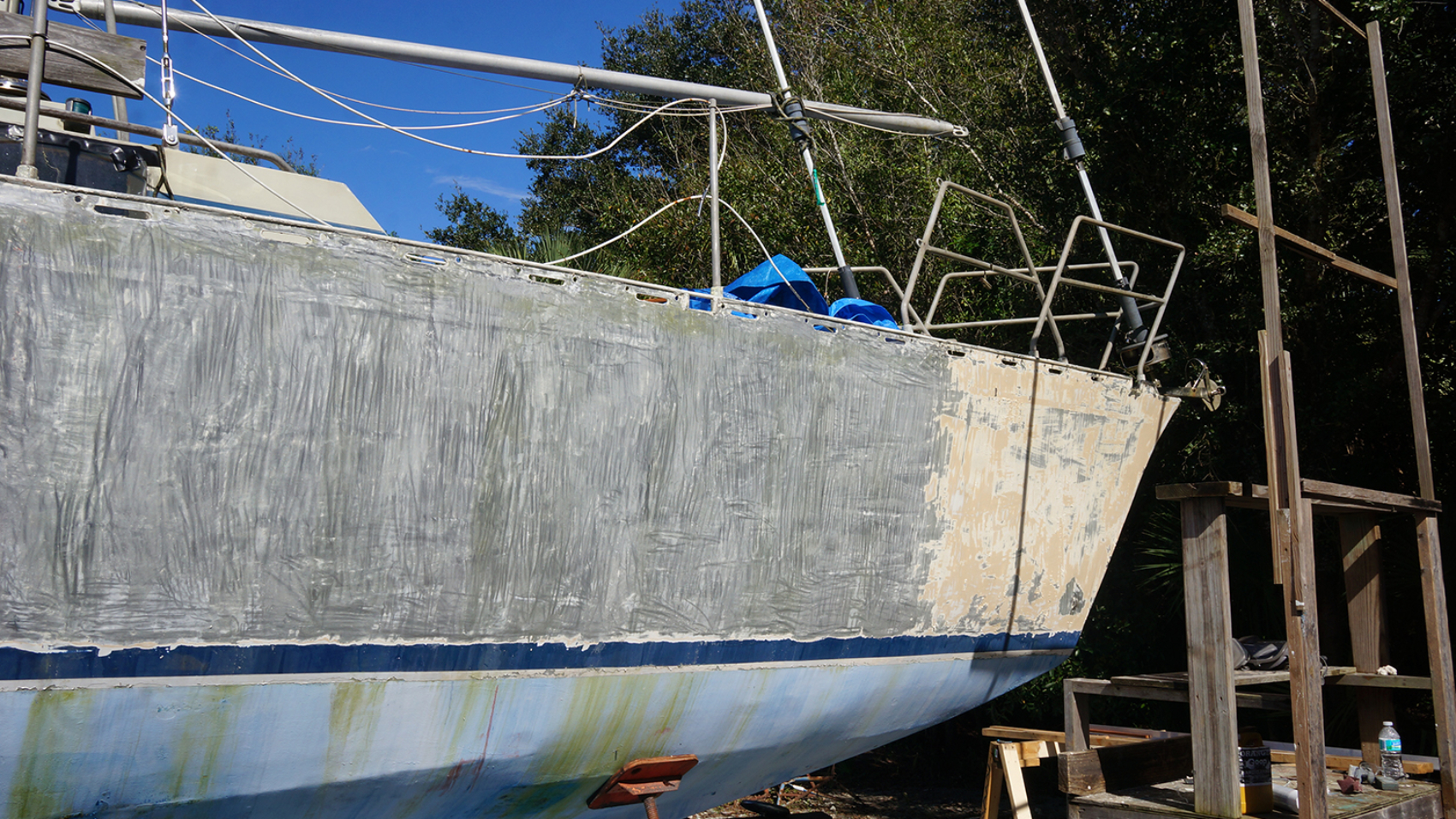 taking paint off aluminum hull