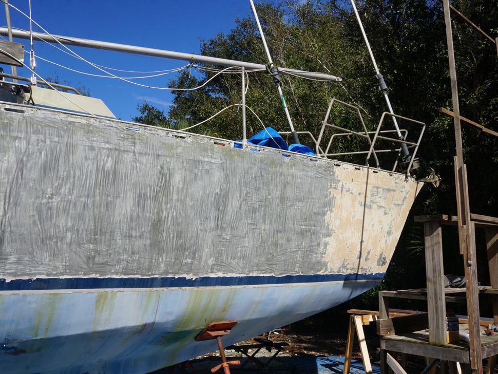 taking paint off aluminum hull