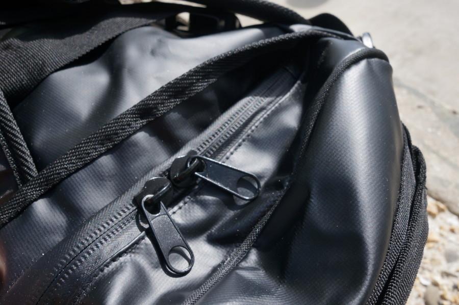 Friendly Swede dufel zippers