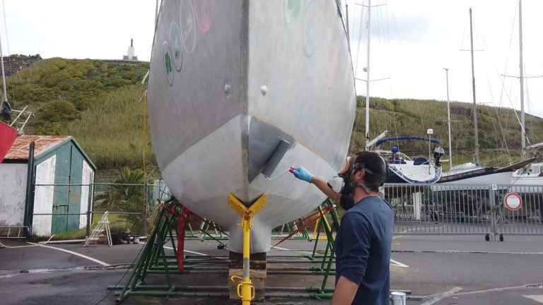 shows keel width for beaching